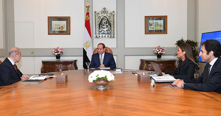 President El-Sisi Meets with PM and Minister of Investment and International Cooperaiton